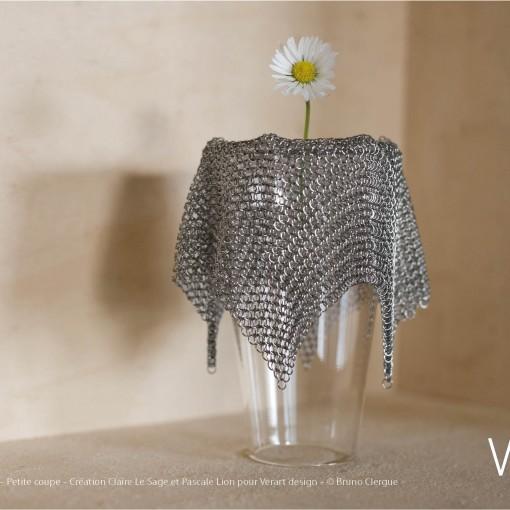 Verre Vs Cote de maille – Petite coupe – Création Claire Le Sage et Pascale Lion pour Verart design – © Bruno Clergue
